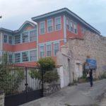 Herrenhaus im konservativem osmanischen Stil - aus der selben Zeit wie die neoklassizistischen Herrenhäuser