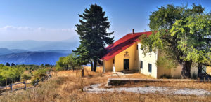 Die Jodelhütte am Ossa-Gipfel